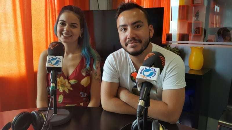 Dos estudiantes promueven el trueque de transporte gratis a cambio de reciclar plásticos